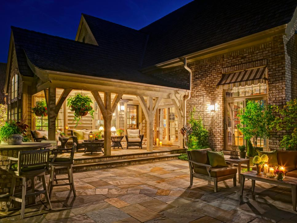 DP_Bob-Hursthouse-Exterior-Patio-Porch_s4x3.jpg.rend.hgtvcom.966.725